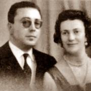 """ר' מאיר ורעייתו חסיבה לבית זכרי ע""""ה"""