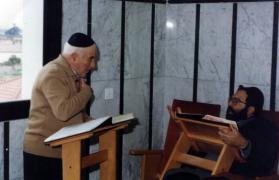 רבי יוסף בלימוד עם ידידו ר' מאיר עטייה בכולל בגבעת אולגה